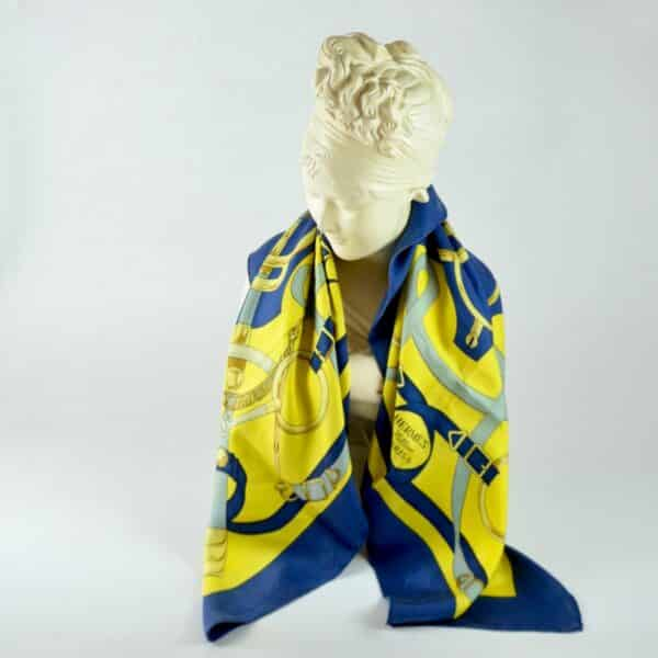 divine style hermes silk scarf eperon d'or