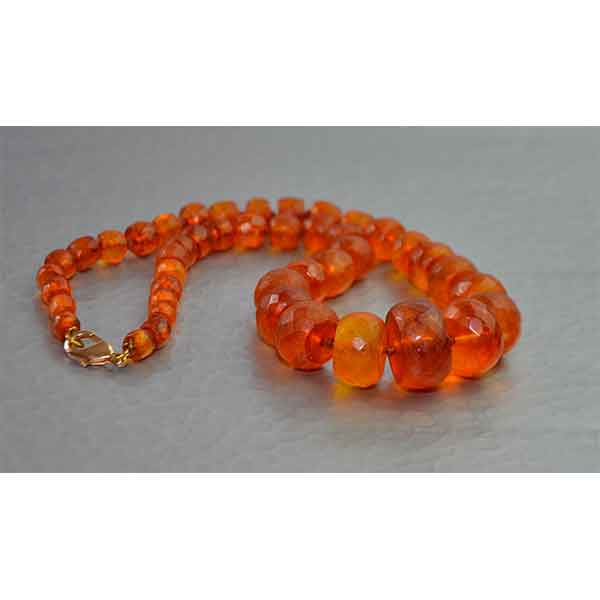 Divine-Style-french-antiques-Antique-faceted-cylindrical-amber-bead-necklace-03