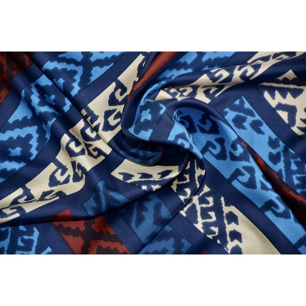 Divine_Style-french-SCARF-Lanvin-Ikat-06