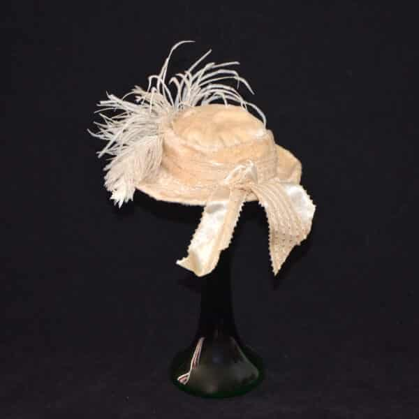 divine style french antique doll's hat fur feather 2