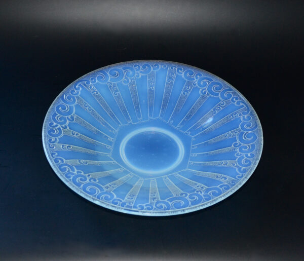 divine style french antiques etling art deco opalescent glass coupe 251