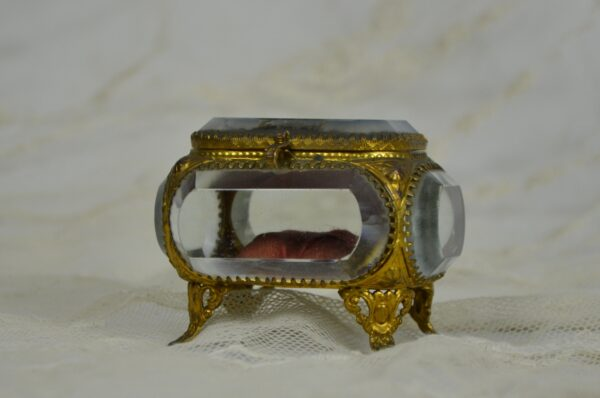 divine style french antique bevelled glass jewel box Trocadero 1