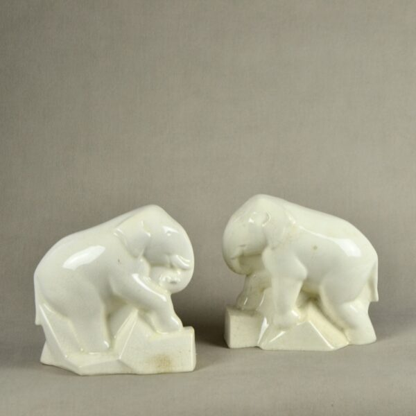 divine style french antiques pair of Art Deco craquelé elephant book ends c1930