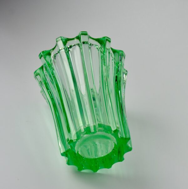 divine style french antiques pierre d'avesn lobed glass vase green 5