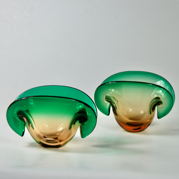 pair of murano glass vase mid century modern 1960s oyster Venetian glass 1