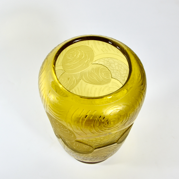 Legras Montjoye Art Deco vase in yellow wheel-etched glass 1930 b
